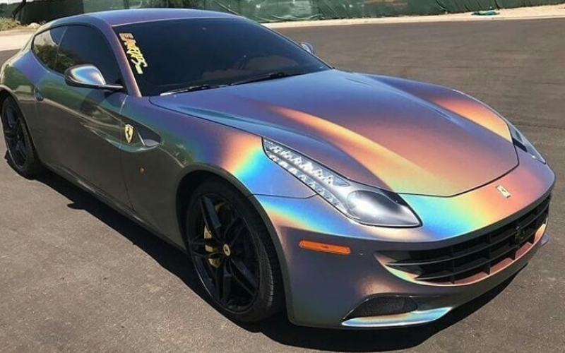 Wat? Holographic carwrapping?